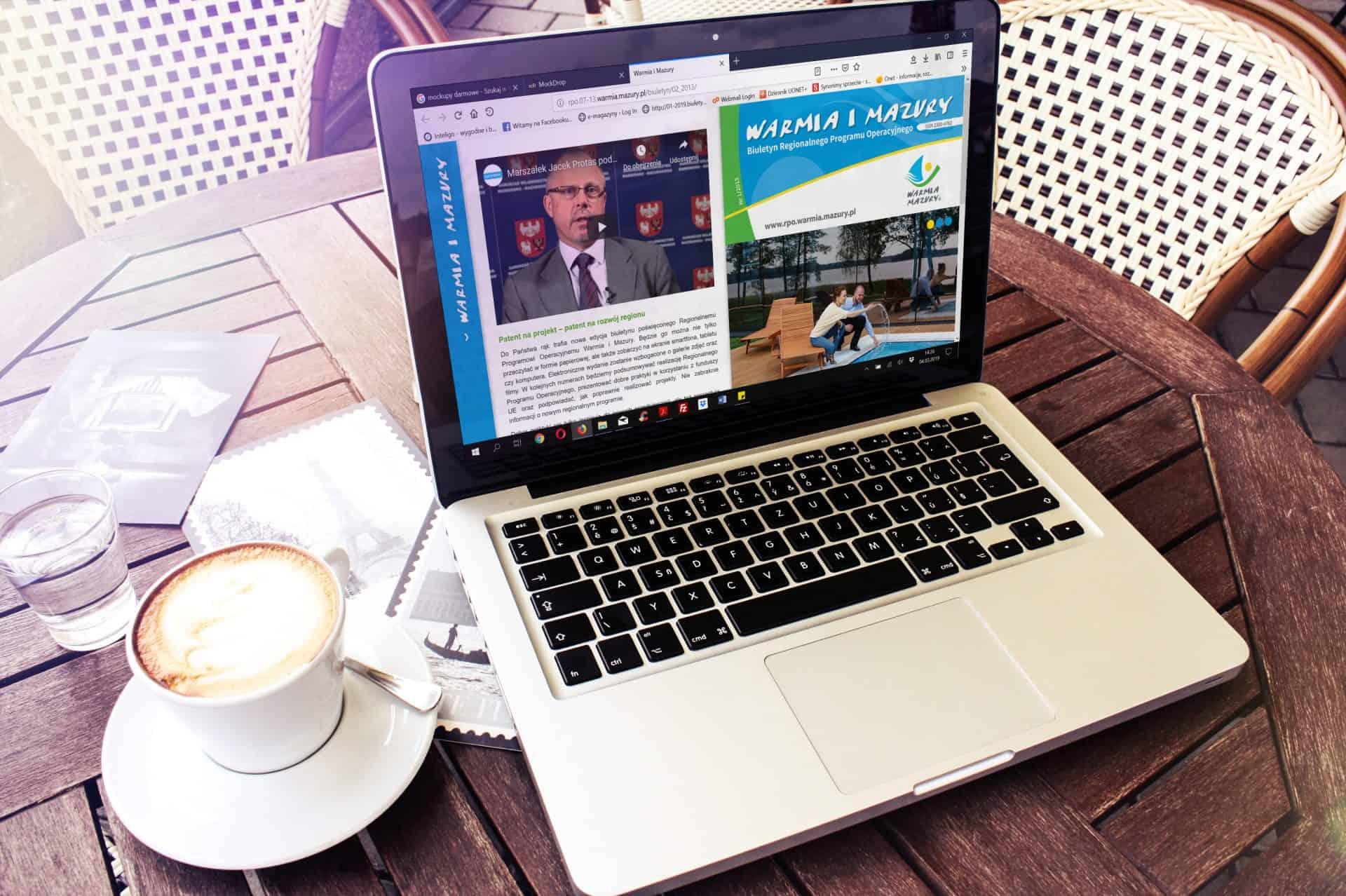 mobilne wydanie biuletynu Warmia i Mazury na ekranie laptopa